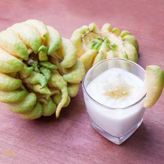 Buddha's Hand Fruit: Smoothie