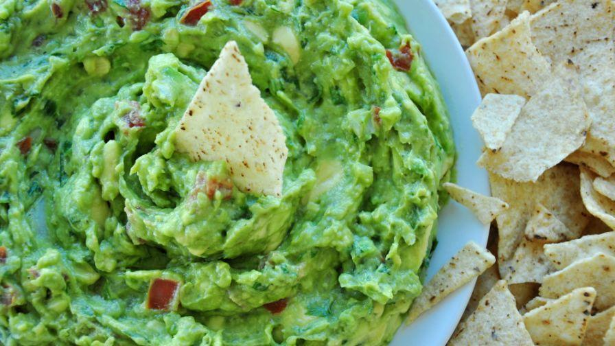 Raw Creamy or Chunky Style Guacamole Dip Recipe