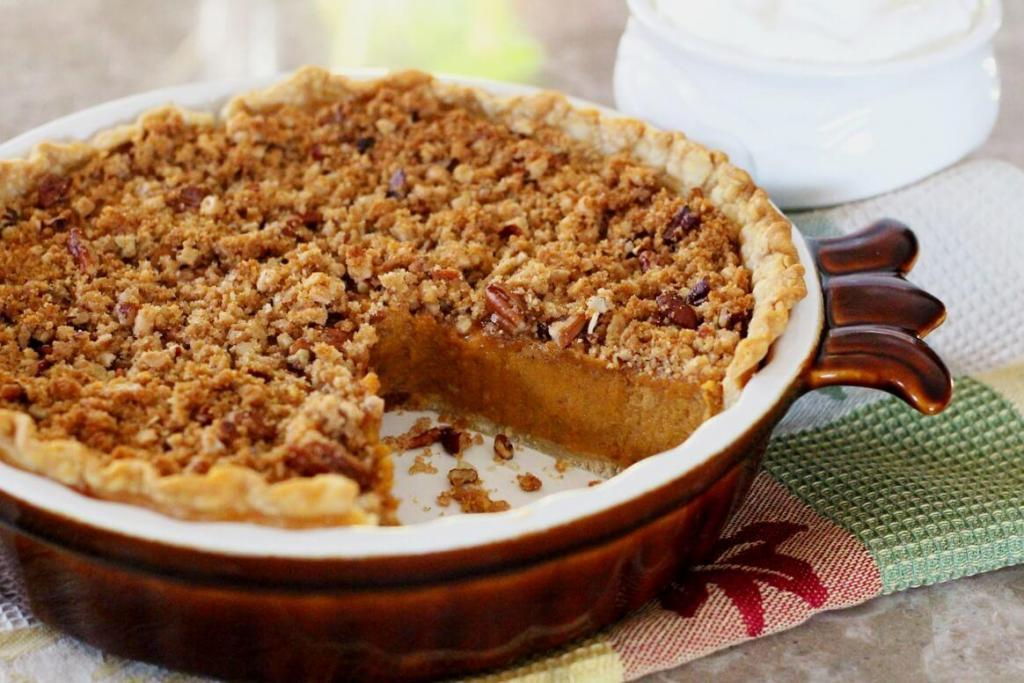 Baked Sweet Potato with Pecan Crumble Topping 1