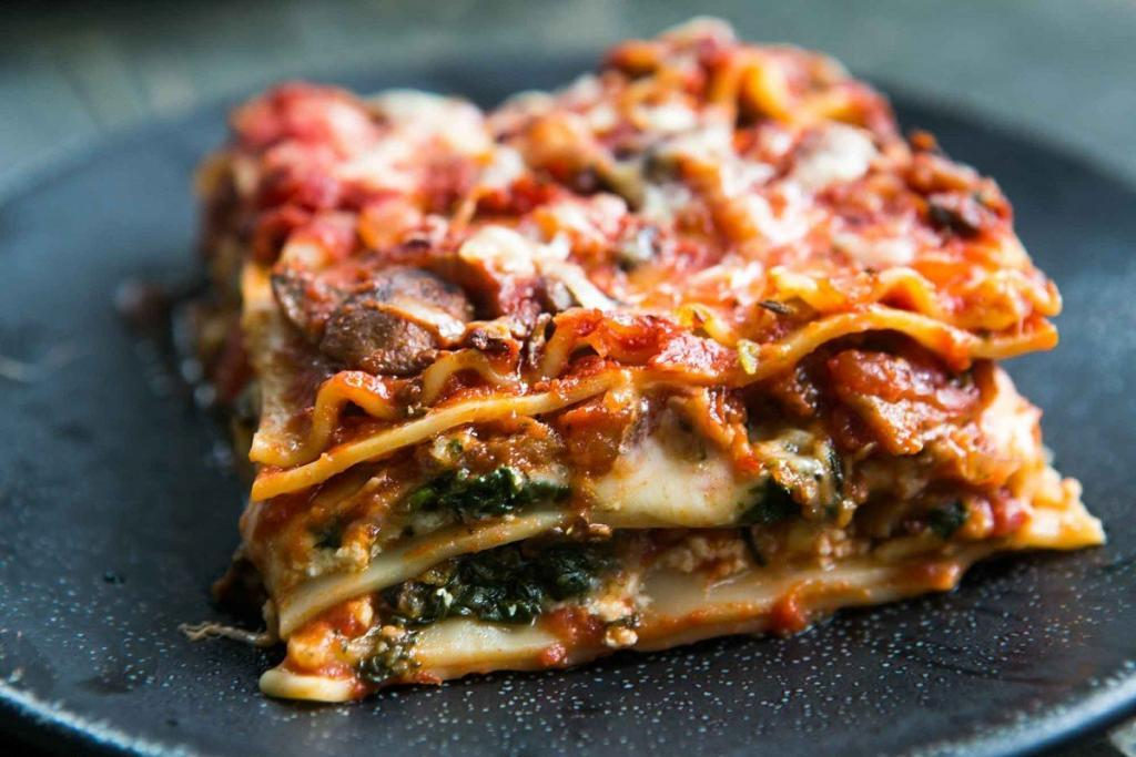 Easy Vegetarian Lasagna with Spinach and Ricotta recipe