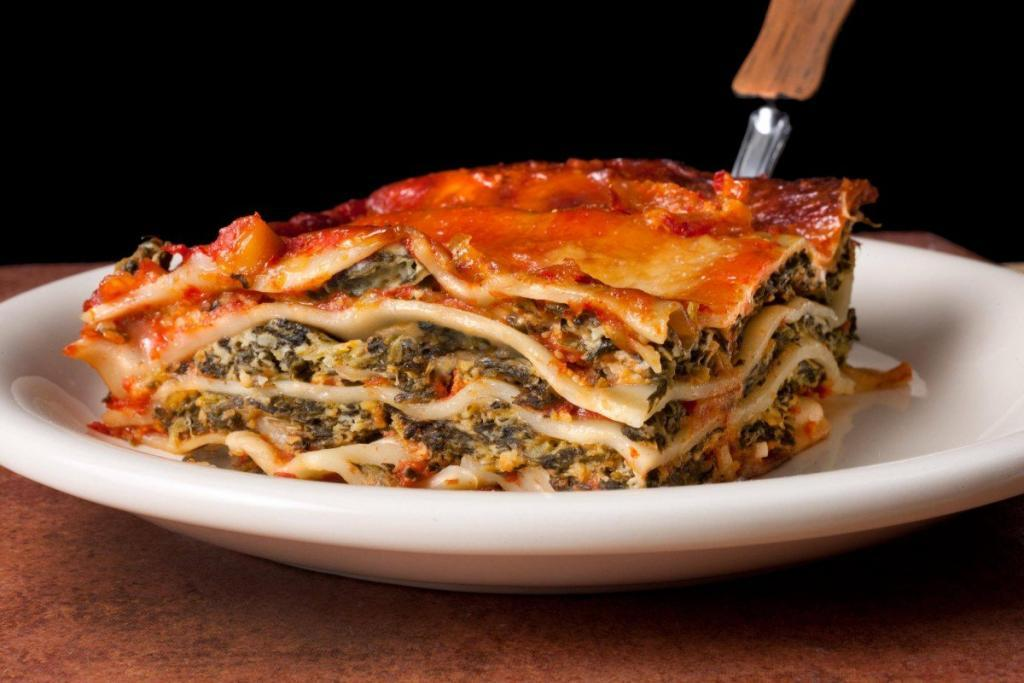 Easy Vegetarian Lasagna with Spinach and Ricotta recipes