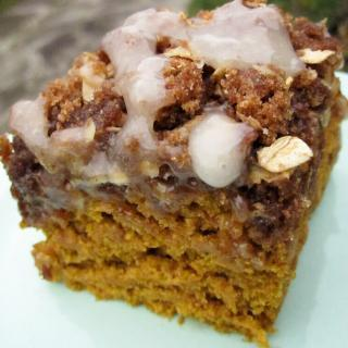 Graham Streusel Coffee Cake