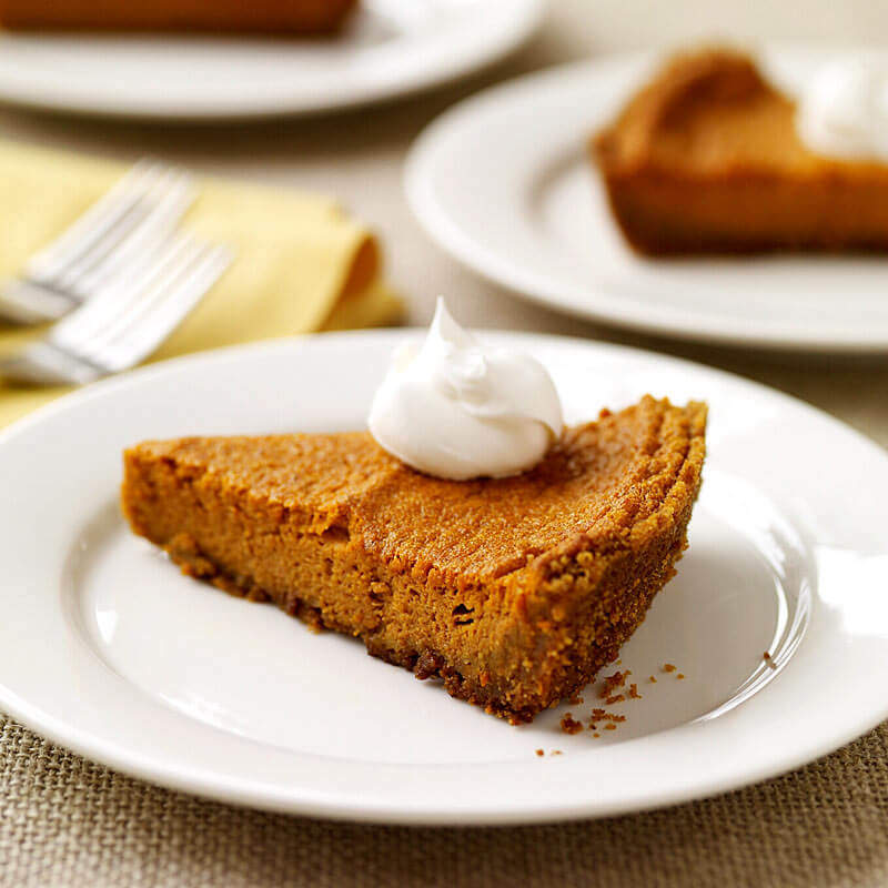 Pumpkin Pie with Graham Cracker