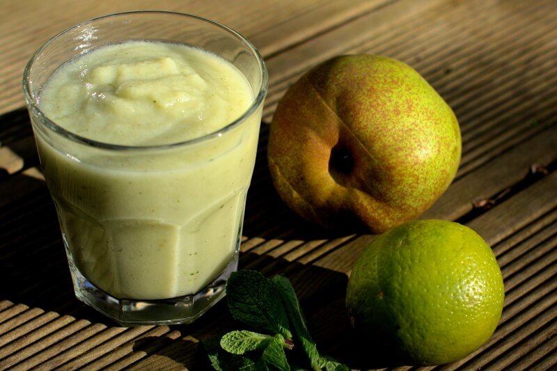 Super Healthy Breakfast Avocado Pear Smoothie