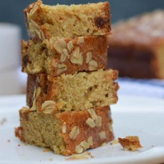 Super Healthy Quinoa Cake with Honey