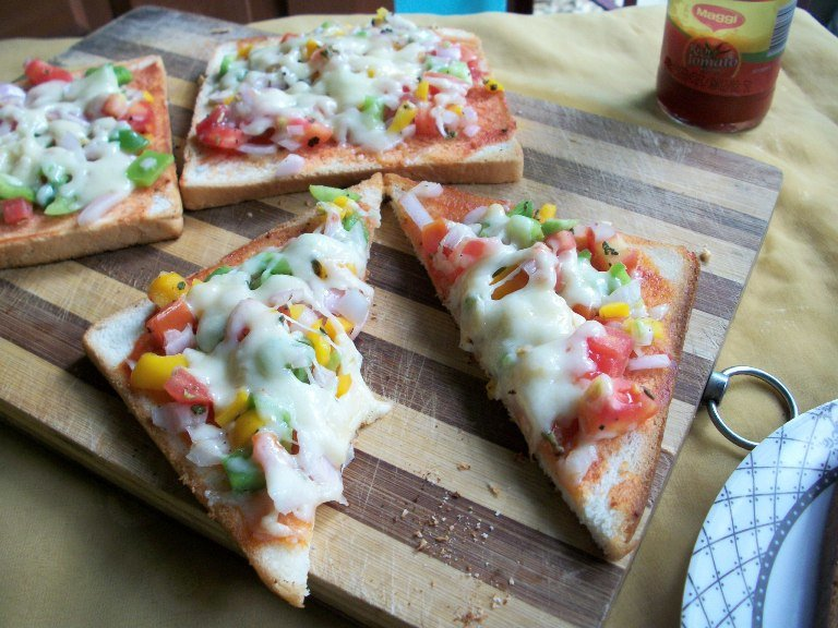 Veggie Bread Pizza for Toddlers