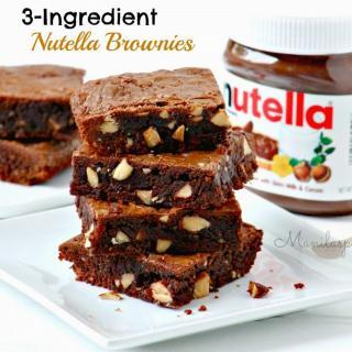 Soft and Chewy 3 Ingredient Nutella Brownies