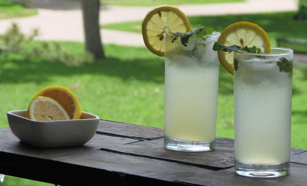 Refreshing Mint Lemonade Summer Drink Recipe