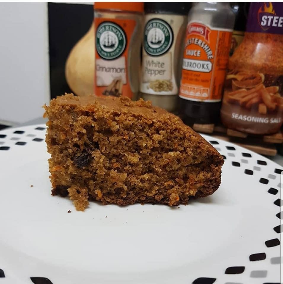 Simple Moist Carrot Cake Recipe