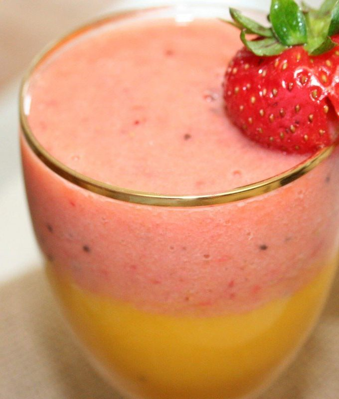 Strawberry Mango Layered Smoothie Recipe