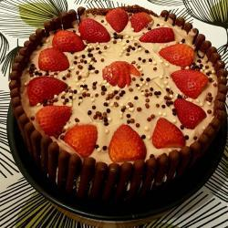 Chocolate Finger Biscuit And Strawberry Cake Recipe