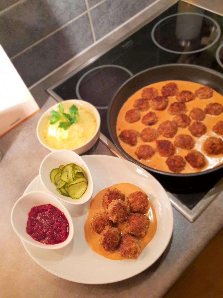 How to make the most delicious authentic swedish meatballs