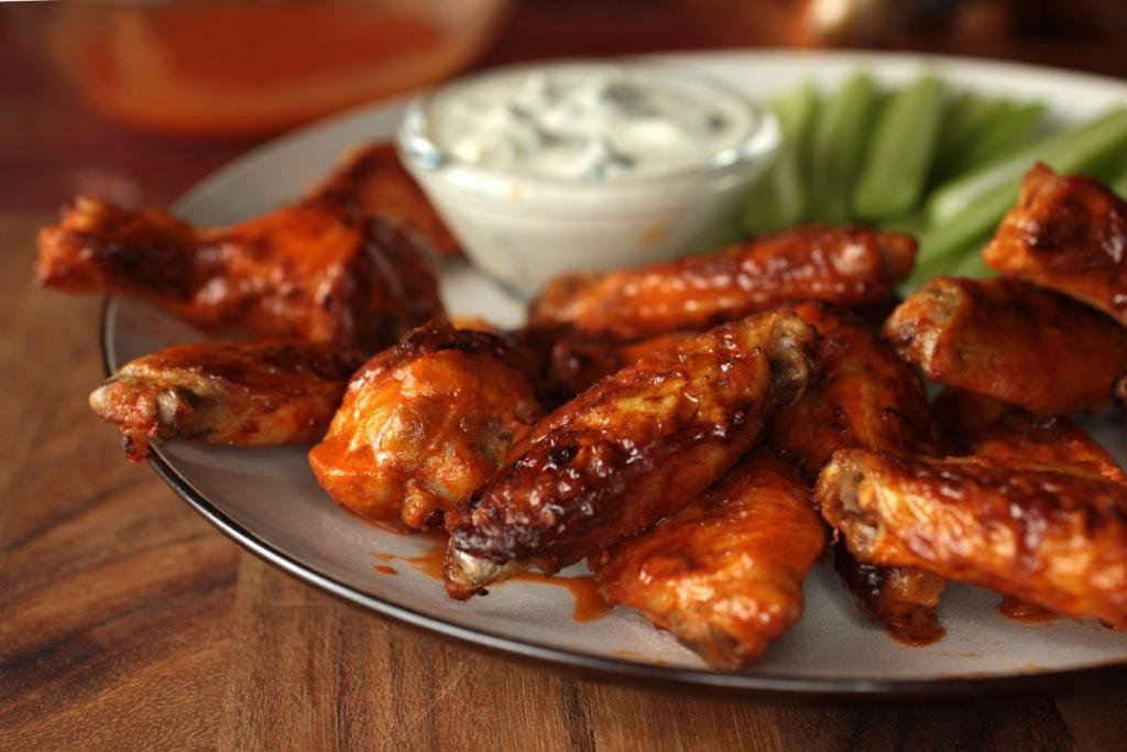 Simple and Easy Recipe for Chicken Wings