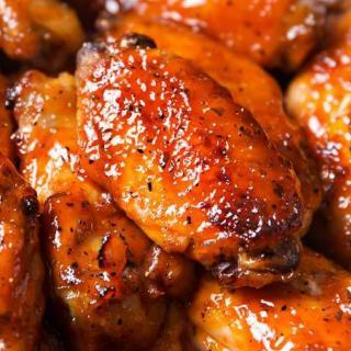 You'll Love These Delicious Crockpot Chicken Wings