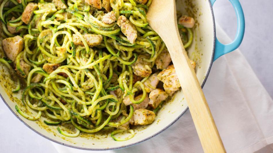 Keto Spaghetti With Chicken And Pesto