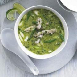 Delicious Mexican Green Chile Chicken Soup