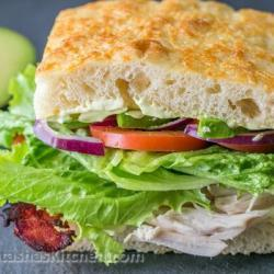 Sandwich With Cacon, Avocado And Chicken