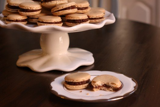 How To Make Macarons Recipe (Two Ways) 6