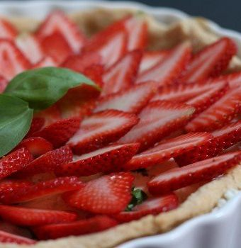 Stawberry Basil Goat Cheese Tarts recipe