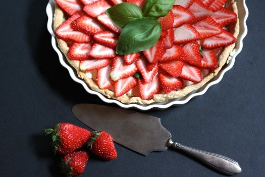 Stawberry Basil Goat Cheese Tarts
