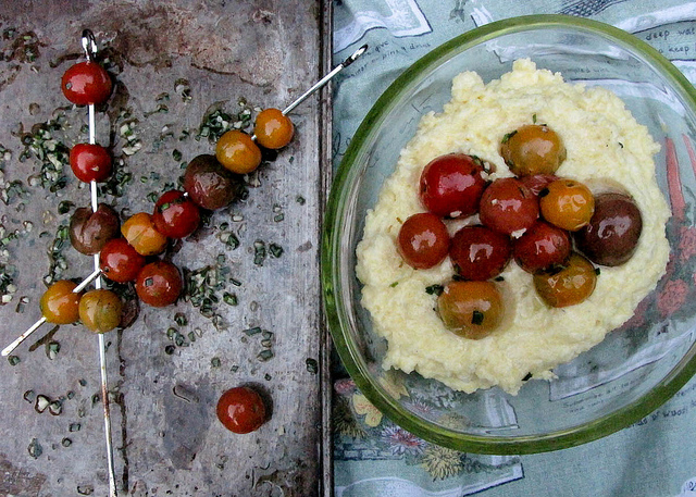 Creamy Polenta With Blistered Cherry Tomatoes 4