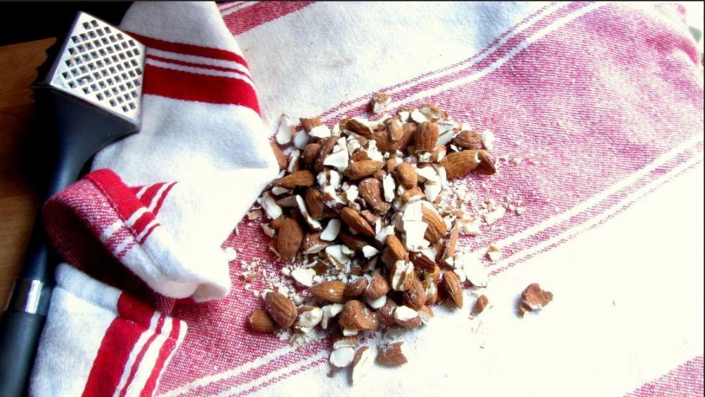 Salted Almond Honey Brittle Recipe 2