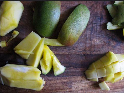 Mango, Banana And Black Tea Smoothie 2