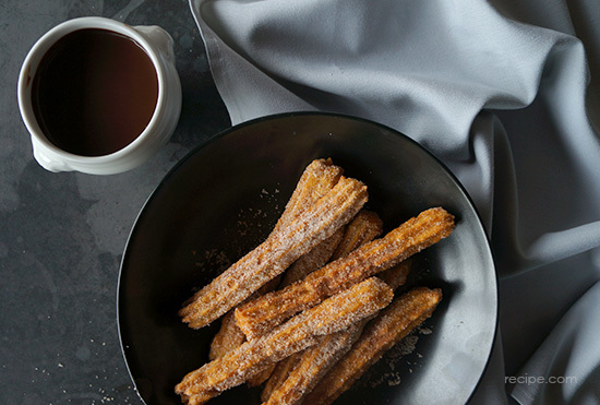 Churros With Chocolate Sauce 4