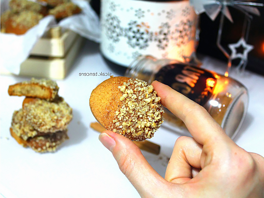 How to make RECIPE FOR CINNAMON COOKIES